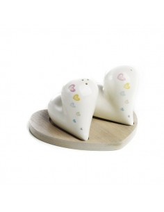 Set sale e pepe cuore in porcellana con base in legno - Bomboniere Shop Store